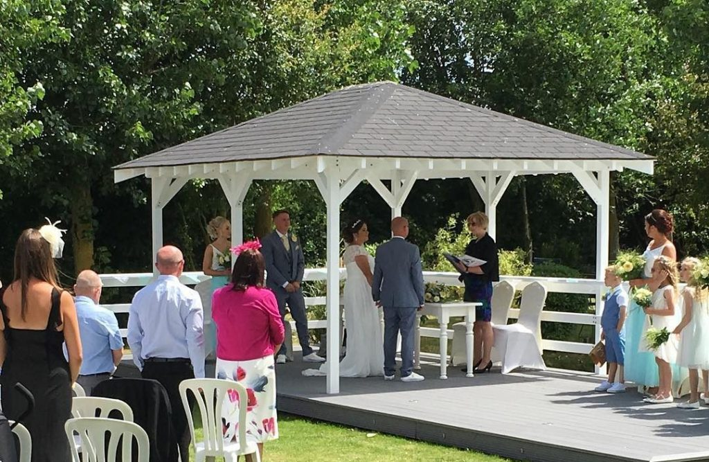 swavesey windmill outdoor wedding ceremony